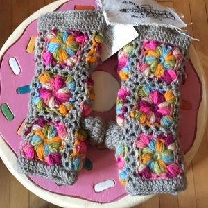 Anthropology Fingerless Mittens NWT